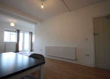 Room to rent in Hall Lane, London NW4