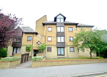 Thumbnail 2 bed flat to rent in Mayfair Court, 15 Park Hill Rise, Croydon