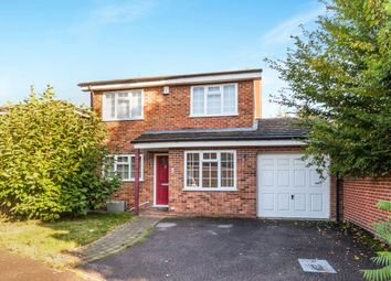 Thumbnail 4 bed detached house to rent in Kelsey Avenue, Finchampstead, Wokingham