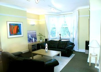 Thumbnail Room to rent in Kingswood Avenue, London