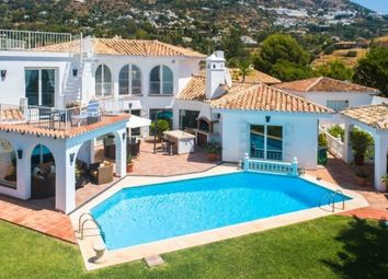 Thumbnail 5 bed villa for sale in La Alqueria, Mijas, Málaga, Andalusia, Spain