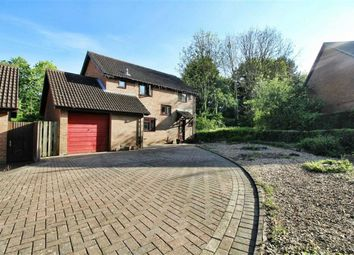 Thumbnail 4 bed detached house to rent in Summerhayes, Great Linford, Milton Keynes