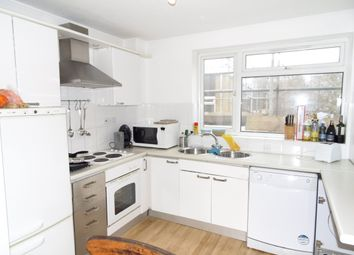 Room to rent in Weir Road, Clapham South SW12