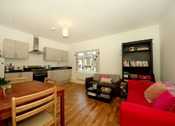 2 bed flat to rent in Ranelagh Road, London NW10