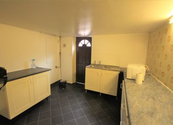 Thumbnail Room to rent in Rossington Place, Leeds