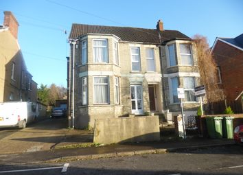 Thumbnail 3 bed flat to rent in Roberts Rd, High Wycombe