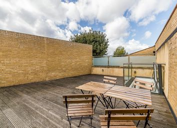 Thumbnail 4 bedroom flat for sale in Clemence Street, London