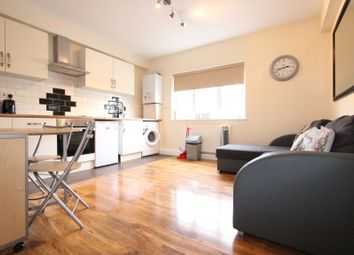 Thumbnail 3 bed flat to rent in Egdware Road, London