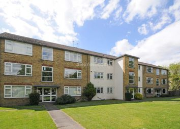 Thumbnail 3 bed flat to rent in Kidbrooke Grove, London