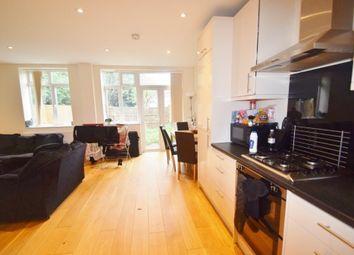 Thumbnail 3 bedroom flat to rent in Garrick Avenue, London