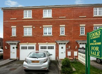 Thumbnail 3 bed town house for sale in 41 Parkedge Close, Pennington, Leigh