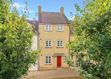 Thumbnail 3 bed town house to rent in Larkspur Grove, Witney