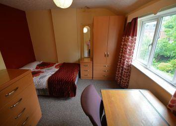 Thumbnail 5 bedroom property to rent in Springbank Crescent, Headingley, Leeds