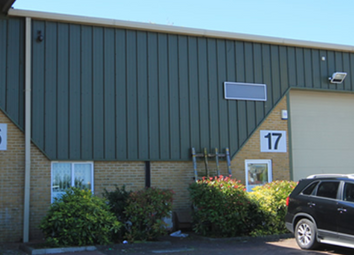 Thumbnail Warehouse to let in Canterbury Road, Rainham
