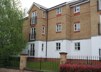 Thumbnail 2 bedroom flat for sale in Clarence Close, New Barnet, Barnet