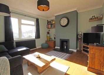 2 bed flat for sale in Clarendon Crescent, Twickenham TW2