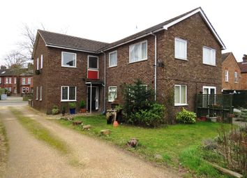 2 bed flat for sale in St. Peters Road, Dunstable LU5