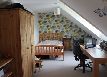 Room to rent in The Fairfield, Farnham, Surrey GU9