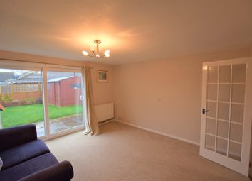 2 bed property to rent in Laburnum Close, Ambrosden, Bicester OX25