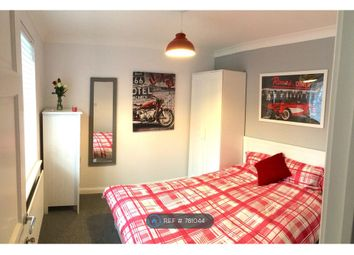 Room to rent in Dickenson Road, Colchester CO4
