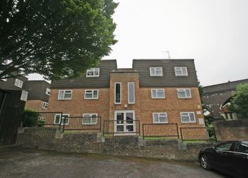 Thumbnail 2 bed flat to rent in Redwood Close, London