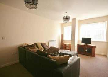 Thumbnail 2 bedroom flat to rent in Ferensway, Hull