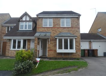 Thumbnail 3 bed shared accommodation to rent in Charlbury Close, Wellingborough