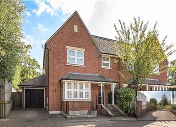 5 bed property for sale in Douglas Close, Hadley Wood, Herts EN4
