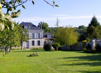 Thumbnail 6 bed property for sale in Poitou-Charentes, Charente, Cognac