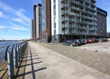 Thumbnail 1 bed flat to rent in Castlebank Place, Glasgow