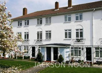 Manor House Court, West Street, Epsom KT18. 2 bed maisonette to rent