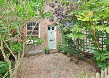 High Street, Claygate, Esher KT10. 2 bed terraced house