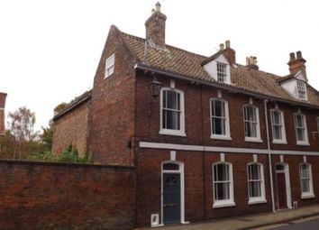 Thumbnail 4 bed property to rent in Westgate, Louth