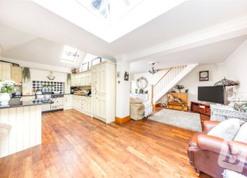 Hornchurch Road, Hornchurch RM11. 2 bed detached house