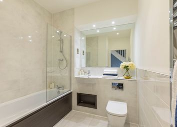Thumbnail 2 bedroom flat for sale in Benhill Road, Camberwell