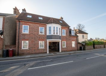 Thumbnail 4 bed flat to rent in Orchard Street, Chichester