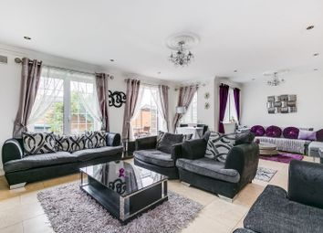Thumbnail 4 bed detached house to rent in Manor Farm Cottages, Goldsmiths Close, London