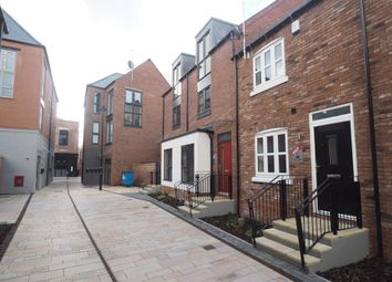 Thumbnail 2 bed town house for sale in Horners Square, Fruit Market, Hull