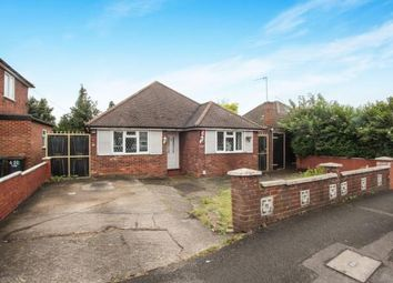 Thumbnail 3 bed bungalow for sale in Selbourne Road, Luton, Bedfordshire