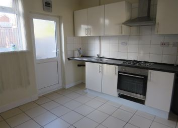 3 bed property to rent in Wiltshire Road, Leicester LE4