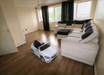 Thumbnail 3 bed flat for sale in Dallow Road, Luton