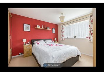 Thumbnail Room to rent in Priors Walk, Crawley