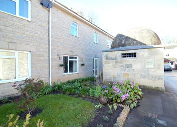 Thumbnail Room to rent in Pady Court, Cirencester