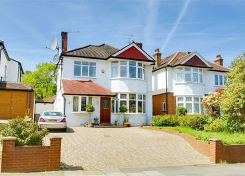 Thumbnail 5 bedroom detached house for sale in Grove Avenue, Muswell Hill, London