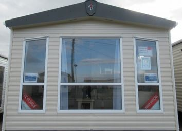 Thumbnail 2 bed mobile/park home for sale in Eastchurch Holiday Camp, Fourth Avenue, Eastchurch, Sheerness
