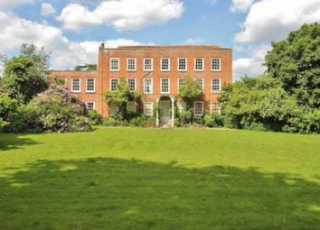 Thumbnail 2 bed flat to rent in Wood Lane, Beech Hill, Reading