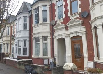 Thumbnail 2 bed flat to rent in Broad Street, Barry