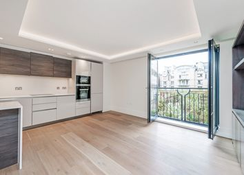 Thumbnail 2 bedroom flat to rent in Kensington Garden Square, London