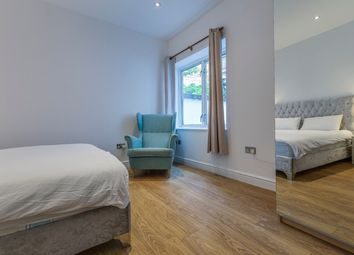 1 bed maisonette to rent in Burrows Mews, London SE1