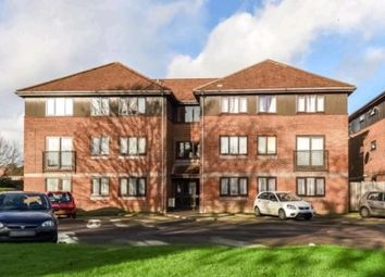 Thumbnail 2 bed flat for sale in Alexandra Avenue, Camberley